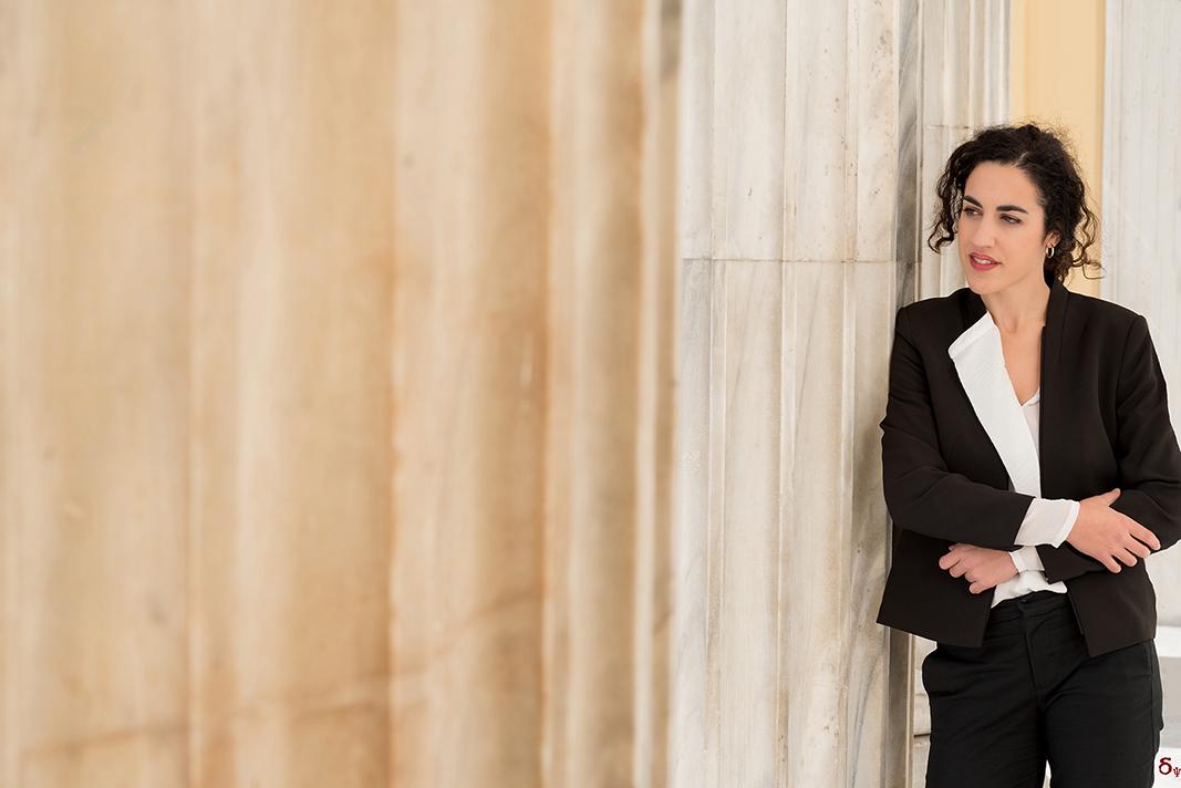 business portrait Xanthi Rousi  gtr law
