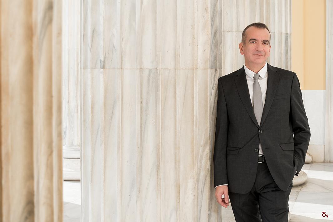 business portrait Spyros Gallos-Trimpalis gtr law