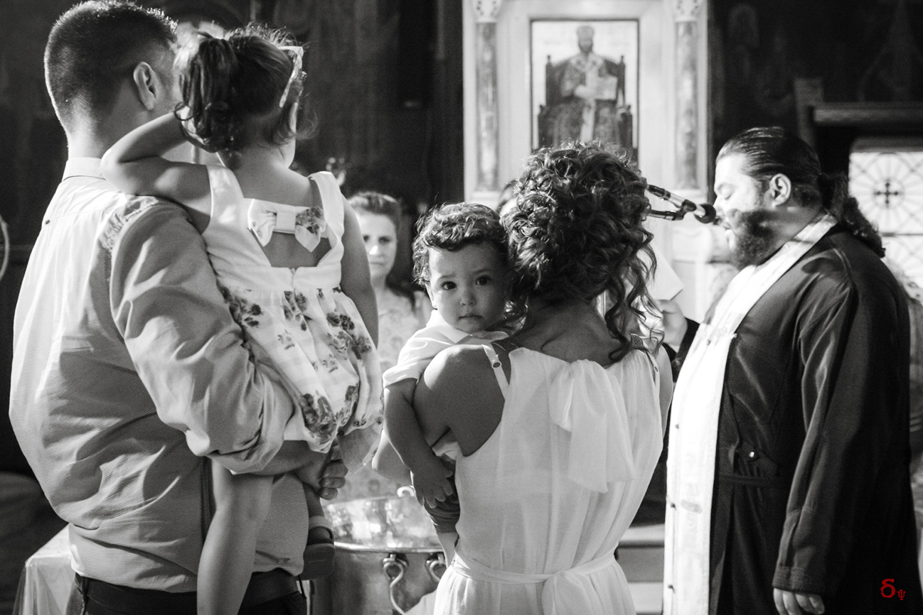 bw family photography christening day