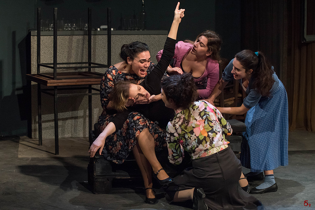 theater live performance Αγγέλα στη Σκηνή Μηνάς Χατζησάββας του Γιώργου Σεβαστίκογλου, σε σκηνοθεσία Κώστα Παπακωνσταντίνου