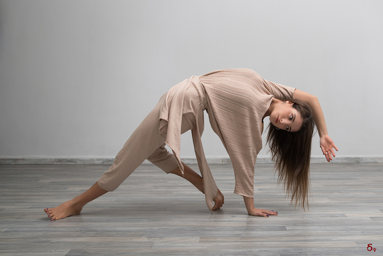 Wild Thing yoga pose clothes Arjuna Knitwear