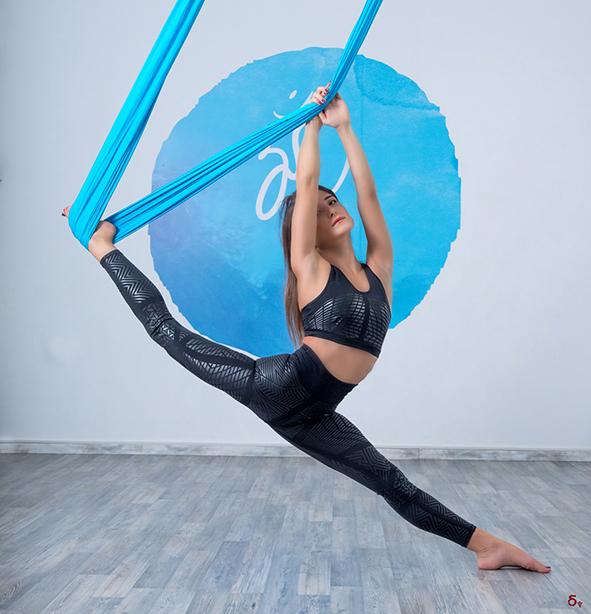baya fit active wear  pano skylos yoga splits hanumanasana aerial yoga
