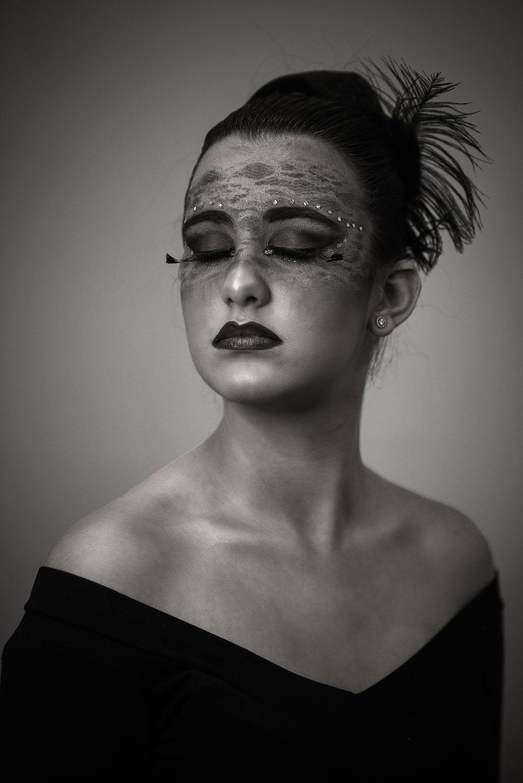 woman's portrait studio photography portraiture portrait perfection portrait shots portrait photographer portrait collection